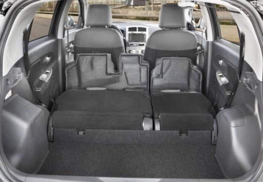 Toyota Urban Cruiser I hatchback przestrzeń załadunkowa