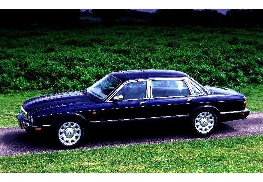 JAGUAR XJ III sedan czarny boczny lewy