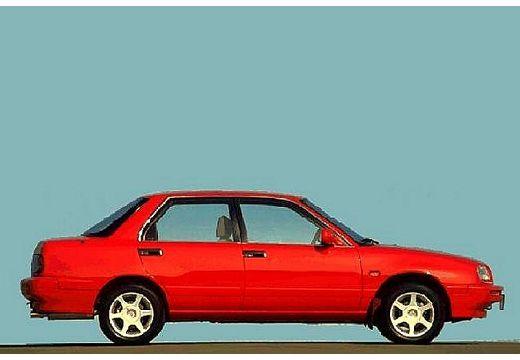DAIHATSU Applause hatchback czerwony jasny boczny prawy