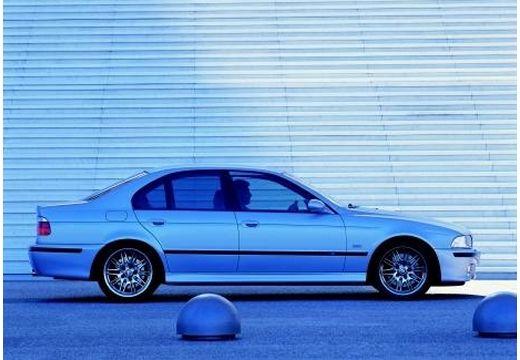 BMW Seria 5 E39 sedan niebieski jasny boczny prawy