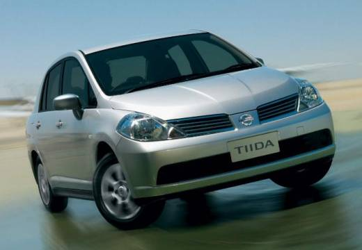 NISSAN Tiida sedan silver grey przedni prawy