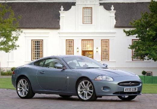 JAGUAR XK coupe niebieski jasny przedni prawy