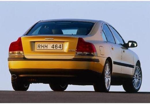 VOLVO S60 sedan złoty tylny prawy