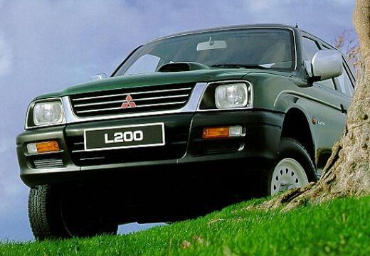 MITSUBISHI L 200 pickup zielony przedni