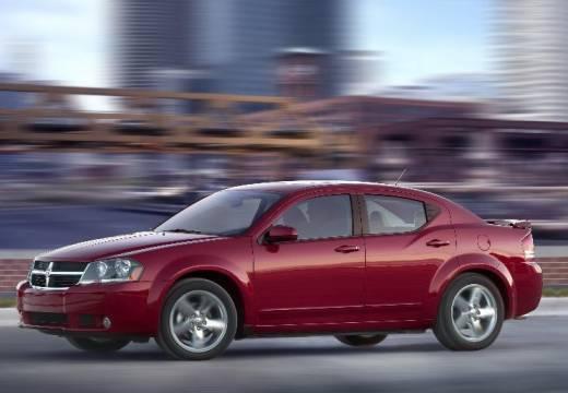 DODGE Avenger sedan czerwony jasny przedni lewy