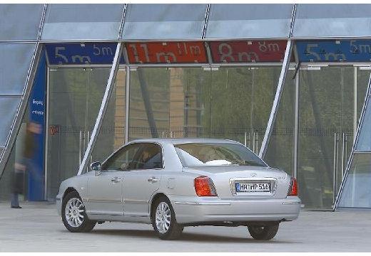 HYUNDAI XG sedan silver grey tylny lewy