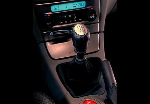 RENAULT Laguna II I hatchback szczegółowe opcje