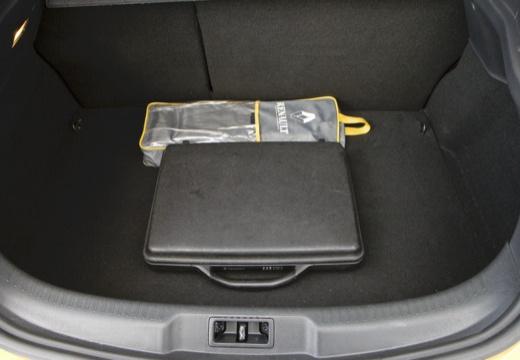 RENAULT Megane III Coupe I hatchback żółty przestrzeń załadunkowa