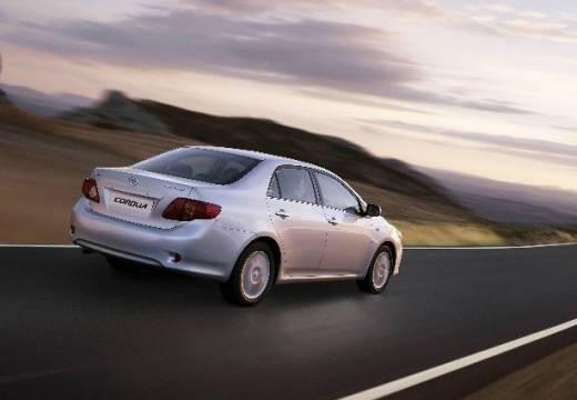 Toyota Corolla I sedan silver grey tylny prawy