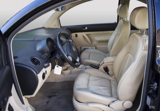 VOLKSWAGEN New Beetle coupe wnętrze