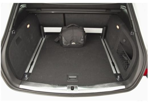 AUDI A4 Avant B8 II kombi przestrzeń załadunkowa