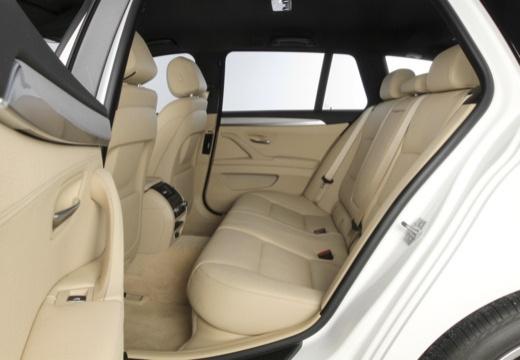 BMW Seria 5 Touring F11 II kombi wnętrze