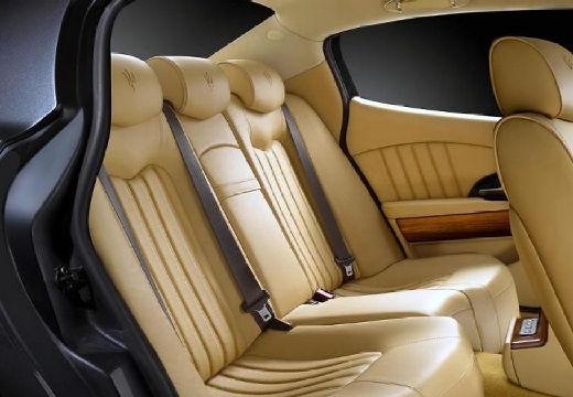 MASERATI Quattroporte II sedan czarny wnętrze