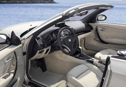 BMW Seria 1 kabriolet beige wnętrze