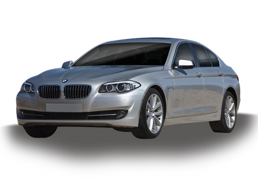 BMW Seria 5 F10 II sedan silver grey