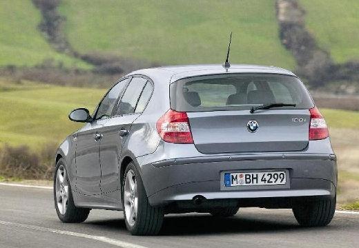 BMW Seria 1 hatchback szary ciemny tylny lewy