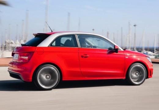 AUDI A1 hatchback czerwony jasny tylny prawy