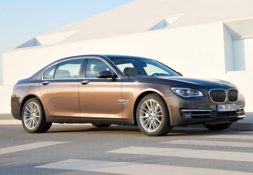 BMW Seria 7 F01 F02 II sedan brązowy przedni prawy