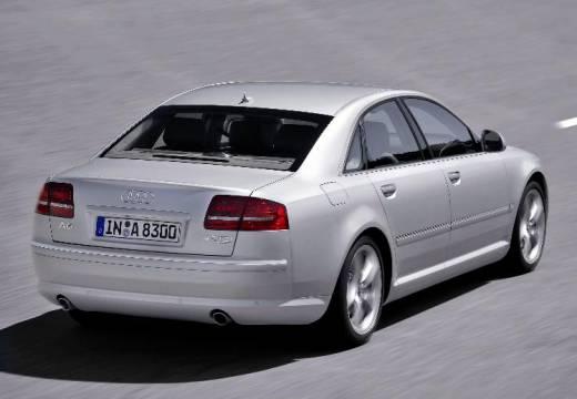 AUDI A8 4E II sedan silver grey tylny prawy
