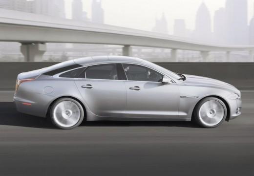 JAGUAR XJ VI sedan silver grey boczny prawy
