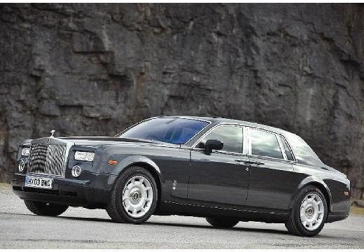 ROLLS-ROYCE Phantom sedan silver grey przedni lewy