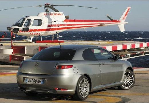 ALFA ROMEO GT coupe silver grey tylny prawy