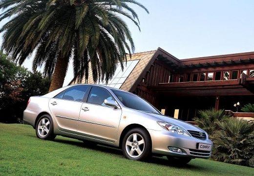 Toyota Camry IV sedan silver grey przedni prawy