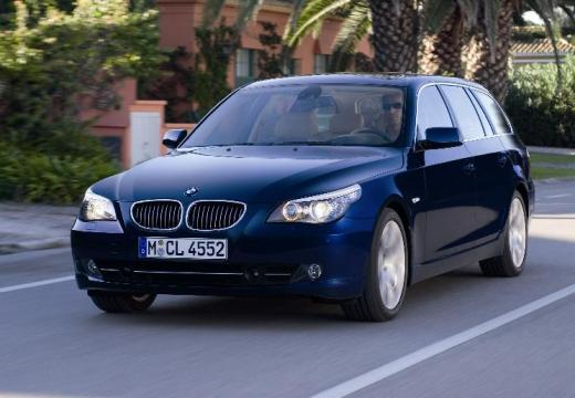 BMW Seria 5 Touring E61 II kombi niebieski jasny przedni lewy