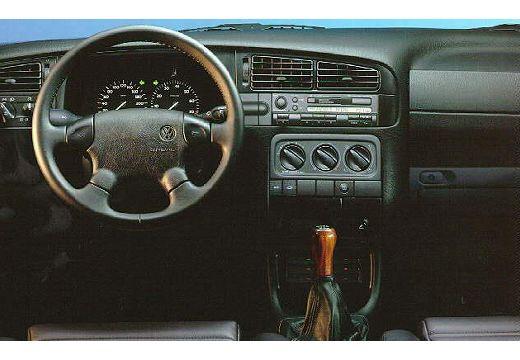 VOLKSWAGEN Golf III Variant kombi tablica rozdzielcza