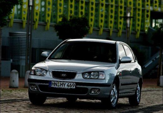 HYUNDAI Elantra 2.0 GLS Hatchback I 139KM (benzyna)
