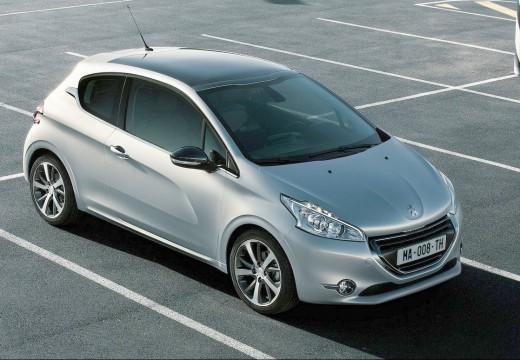 peugeot 208 1 6 e hdi active stt hatchback i 92km 2012. Black Bedroom Furniture Sets. Home Design Ideas