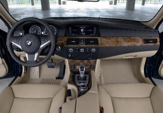 BMW 530xi - Sedan E60 II 3 0 272KM (2007)