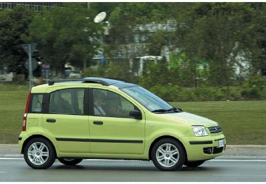 FIAT Panda II hatchback zielony przedni prawy