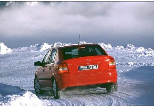 OPEL Astra II hatchback czerwony jasny tylny lewy