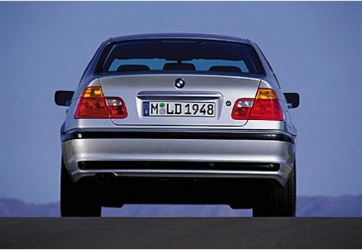 BMW Seria 3 E46 sedan silver grey tylny