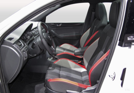 SKODA Rapid Spaceback II hatchback wnętrze
