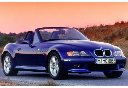 BMW Z3 roadster niebieski jasny przedni prawy