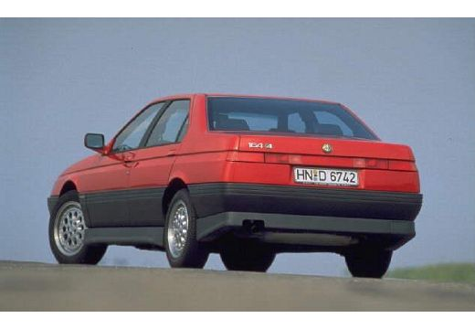 ALFA ROMEO 164 I sedan tylny lewy