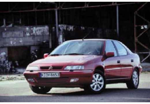 CITROEN Xantia II hatchback bordeaux (czerwony ciemny) przedni prawy