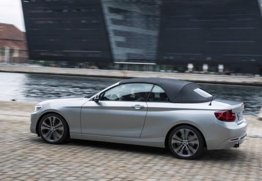 BMW Seria 2 kabriolet silver grey boczny lewy