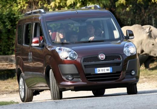 FIAT Doblo kombi fioletowy przedni prawy