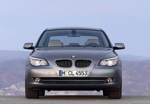 BMW Seria 5 E60 II sedan brązowy przedni