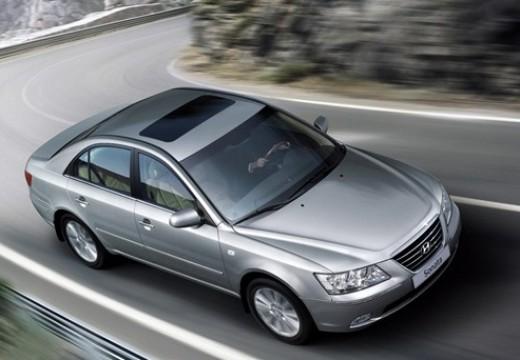 HYUNDAI Sonata sedan silver grey przedni prawy