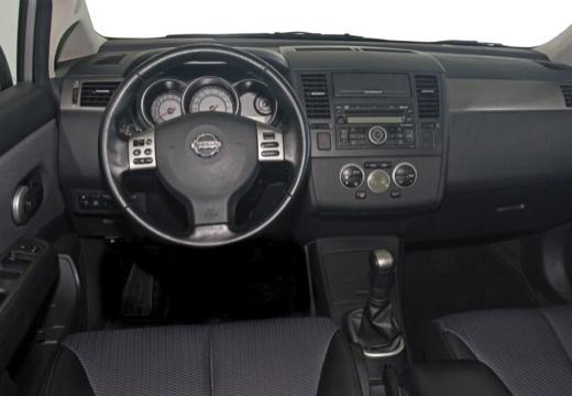 NISSAN Tiida II hatchback tablica rozdzielcza