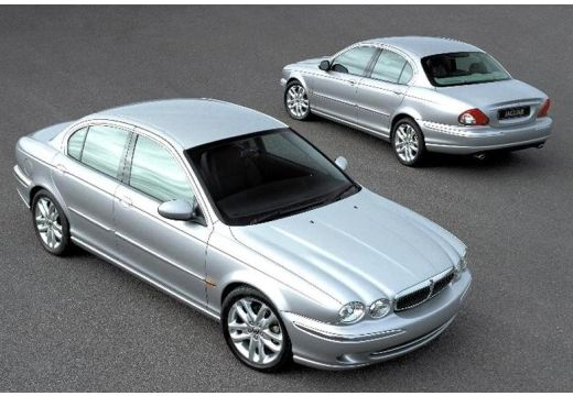 JAGUAR X-Type I sedan silver grey