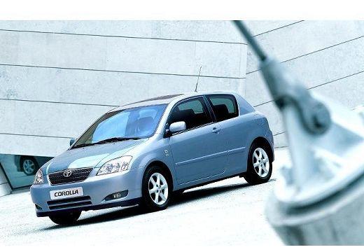 Toyota Corolla VI hatchback niebieski jasny przedni lewy