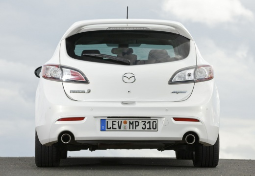 MAZDA 3 IV hatchback biały tylny
