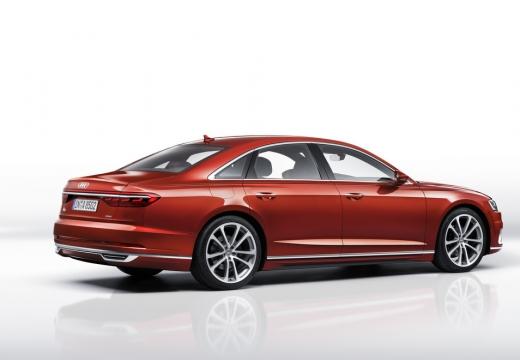 AUDI A8 sedan czerwony jasny tylny prawy