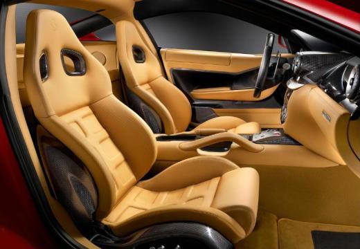 FERRARI 599 I coupe wnętrze