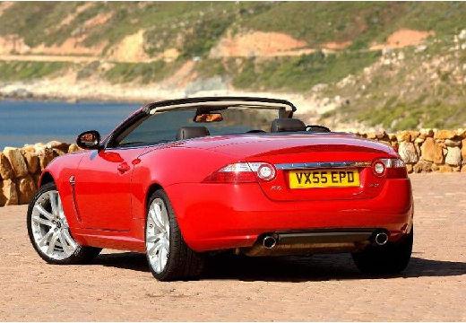JAGUAR XK Convertible II kabriolet czerwony jasny tylny lewy
